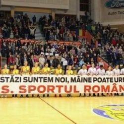 În timp ce echipele din Arad se antrenează pe unde pot, Sala Polivalentă devine club de noapte!