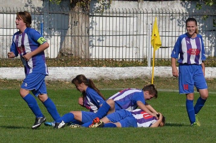 Au terminat turul penultimele: CS Ineu - Olimpic Star Cluj 2-5