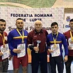"""Zece medalii pentru luptătorii Astrei la """"naționalele"""" de seniori, de la Lugoj"""