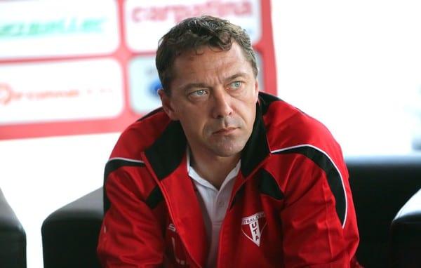 Roșu nu mai prinde derby-ul cu FC Argeș! Fostul antrenor al UTA-ei a fost demis de pe banca Mioveniului