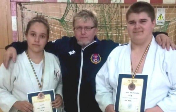 """Patru judoka arădeni, medaliați la """"naționalele"""" de judo pentru juniori IV"""