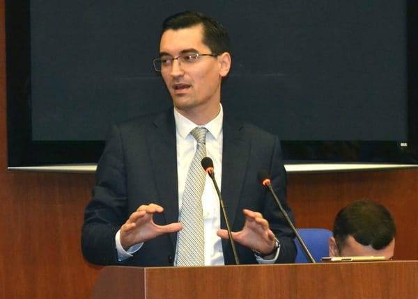 """Burleanu nu a mai așteptat decizia Comisiei de Disciplină și a felicitat Crișul pentru promovare: """"Vă asigur de tot sprijinul și deschiderea Federației"""""""