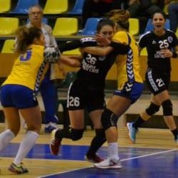 Handbalistele lui Titi Ionescu au prins gustul succesului acasă: Crișul Chișineu Criș - CSU de Vest Timișoara  35-31