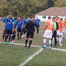 """Liga V-a Arad, etapa a 9-a: Macea și-a adjudecat și derby-ul cu vecinii din Dorobanți,  Pîncota câștigă """"duelul"""" Podgoriilor"""