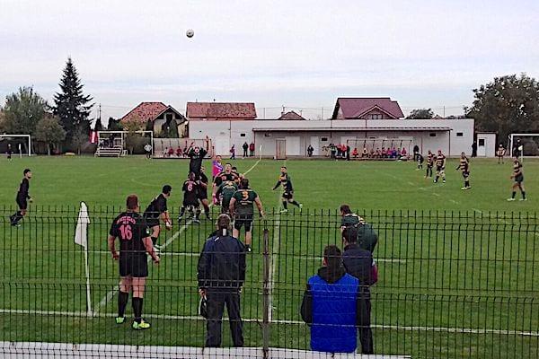 """""""Studenții"""" arădeni nu au putut profita de lecția de arbitraj a galezului Crawford: CS UAV Arad - Gloria Buzău 17-36"""