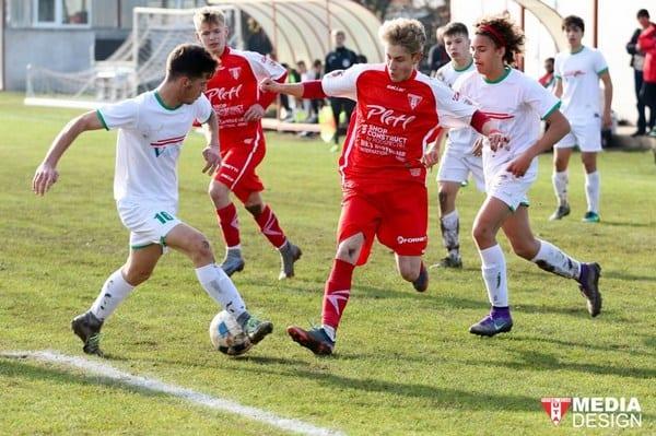 Nicio șansă pentru fostul vicelider: UTA Under 17 - Viitorul Mihai Georgescu 4-0