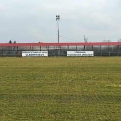"""Glogovățul a pierdut trei jucători, dar i-a """"repatriat"""" pe Coșa și Vîrtaci! Divizionara a patra se întoarce în casă nouă la primăvară"""