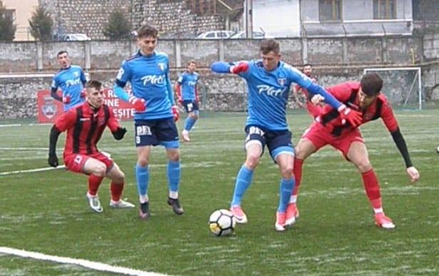Medie de goluri stricată în Valea Domanului în fața unui adversar peste nivel: CSM Școlar Reșița – UTA 0-0