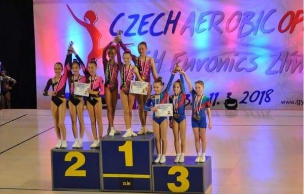 Gimnaștii de la CS Universitatea au făcut furori la Openul Cehiei, onorat de 14 țări europene