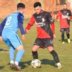 """Miei """"roș-albi"""", la tăiat înainte de Florii: Unirea Sântana - UTA II 7-0"""