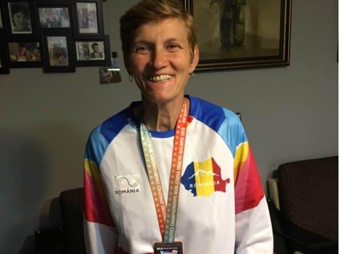 """Atleta Elena Avram, medaliată de bronz cu echipa României la """"europenele"""" de Masters din Spania"""