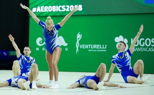 """""""Studentul"""" Bocșer - argint și bronz la """"mondialele"""" de aerobic din Portugalia"""