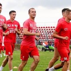 """Lotul de cantonament al UTA-ei, fără o parte din numele din sezonul trecut: Burlă, Hlistei și Curtuiuș și-au încheiat și ei conturile cu """"roș-albii"""""""