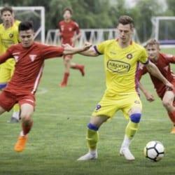 Arădenii rămân cu argintul național la juniori C: UTA - FCSB 0-4