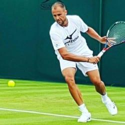 Copil - eliminat la simplu la Wimbledon, mâine debutează la dublu