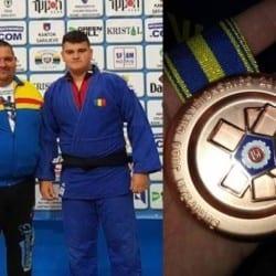 """Arădeanul David Nagy - în echipa României medaliată cu bronz la """"europenele"""" de judo rezervate cadeților"""