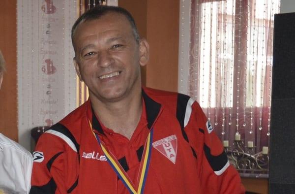 """Stupar a devenit oficial noul antrenor al pecicanilor: """"Indiferent de lotul cu care vom pleca la drum, nu ne putem propune decât să câștigăm fiecare meci"""""""