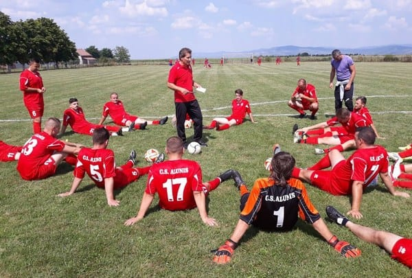 Liga a V-a, prima etapă: Peti Barb a debutat cu dreptul la Aluniș, Tîrnova și Buteni câștigă pe terenuri grele