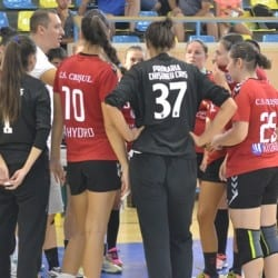 Handbalistele Crișului - la treabă din a patra zi a anului, duminică au meci pe puncte la Oradea