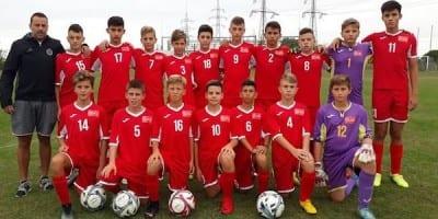 Selecționata Under 14 s-a impus clar pe teren propriu cu Hunedoara
