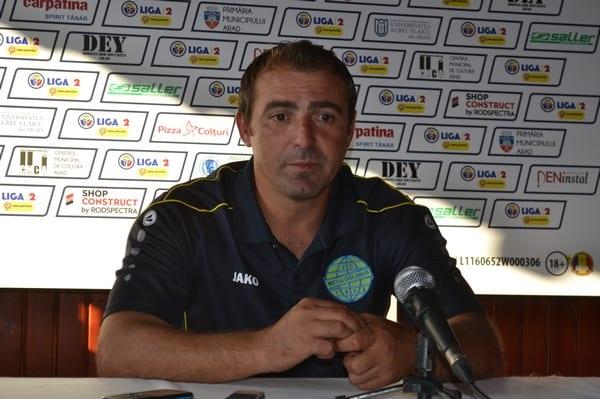 """""""Interimarul"""" Coman și-a găsit greu cuvintele după eșecul dur de la Arad: """"Știam că UTA e agresivă acasă, dar nu ne așteptam să pierdem la acest scor"""""""