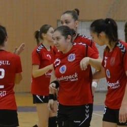 Pierdere grea pentru handbalistele de la Crișul exact înainte de derby-ul de la Târgu Mureș: Snakovski se operează la genunchi și ratează tot sezonul