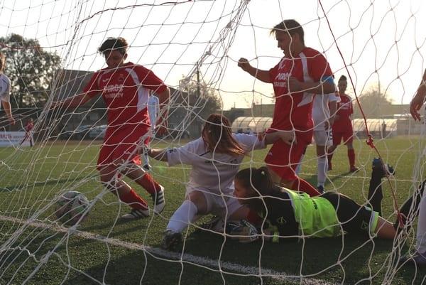 """Promovarea în elita fotbalului feminin se vede cu ochiul liber la Piroș Security: """"Simțim că e anul nostru, ne vom întări la iarnă"""""""