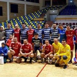 Fotbal și un Crăciun mai fericit pentru cei șapte copii ai familiei Drăgan, care și-au pierdut casa într-un incendiu