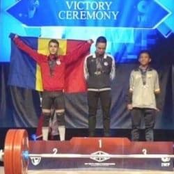 Halterofilul Cosmin Krupla e triplu medaliat mondial!