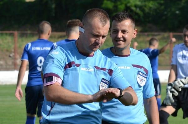 Meciurile și arbitrii etapei a 27-a în Liga a IV-a Arad: Pecica poate obține punctul ce o face campioană cu Deac la centru, Jurcă – la derby-ul weekendului
