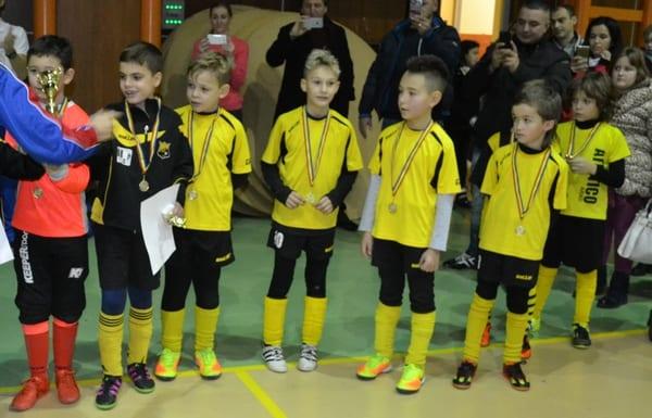 Polivalenta arădeană își deschide porțile pentru finalistele Turneului Gheorghe Ene: Atletico, Luceafărul și Piteștiul – printre favorite