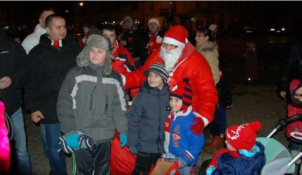 Moș Crăciun utist are două destinații anul acesta: Caporal Alexa și Piața Avram Iancu