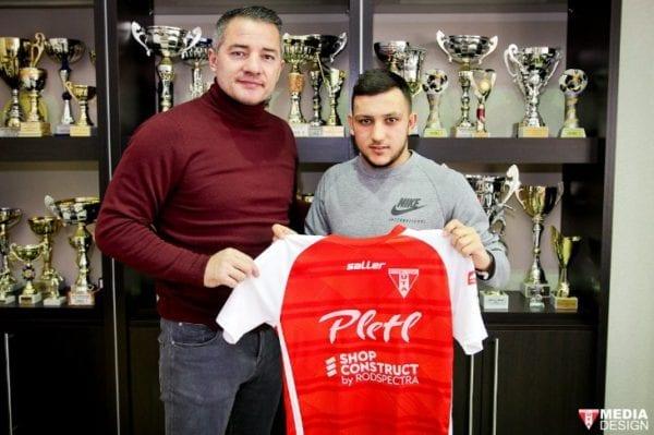 Mijlocașul Vâlceanu a semnat cu UTA, stelistul e al 25-lea jucător care pleacă în Spania
