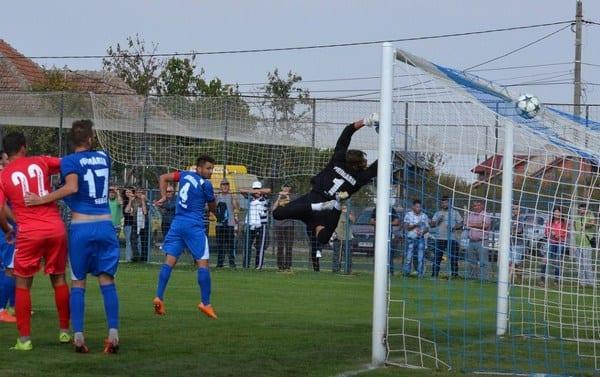 Livetext Liga a III-a: Național Sebiș – Lunca Teuz Cermei 4-0 și CSM Lugoj – UTA II 2-0, finale