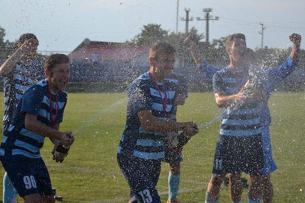 Eventul a venit cu alte imagini ale bucuriei pentru Șoimii Lipova! Video + foto de la finala Cupei cu Sântana