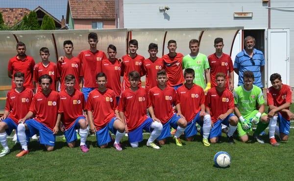""",,Tricolorii"""" au revenit de la scor de neprezentare: Selecționata Aradului – România Under 15  3-4"""