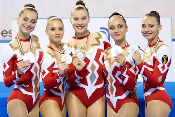 Arădencele Meszar și Morar sunt campioane europene la gimnastică aerobică junioare