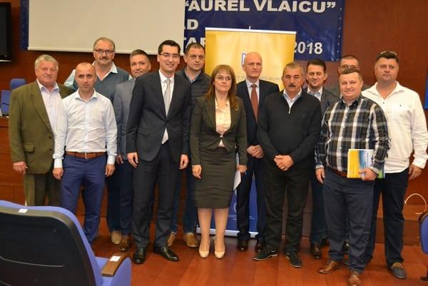 """Parteneriat UAV – FRF pentru cursuri de management în fotbal! Burleanu: """"Pregătim echipa din spatele echipei, iar Aradul e punct de referință în România"""""""