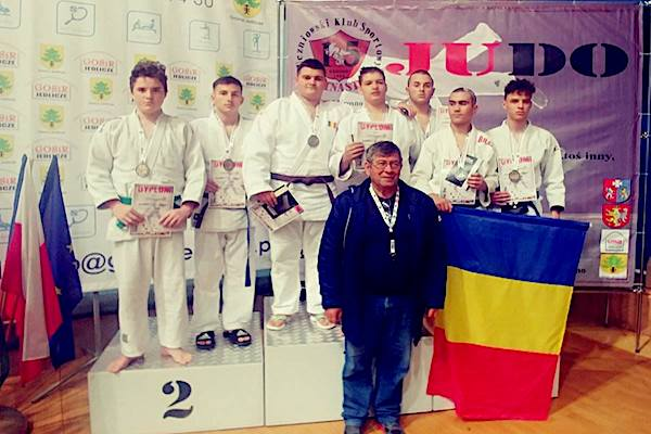 Șapte prezențe, tot atâtea medalii pentru judoka arădeni în Polonia