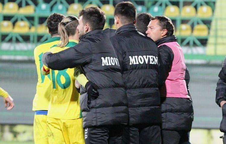 """Liga a II-a, etapa 19-a (ultima a turului): Arădeanul Pirtea contribuie cu un gol la prima victorie a lui Roșu la """"cârma"""" Mioveniului"""
