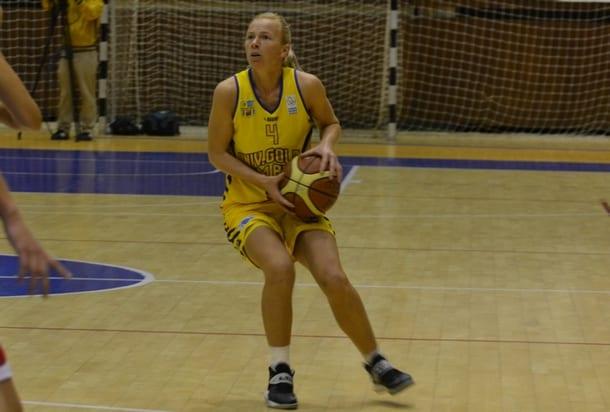 """Adela Mercea revine în """"galben-albastru"""" după un singur sezon de pauză!"""