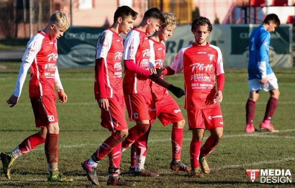 Tot în fotoliul de lider în Liga Elitelor: Centrul de Excelență Mureș – UTA Under 17  1-5