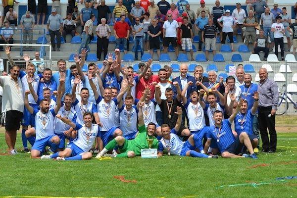 Goleadă și sărbătoare chiar în fața fostului antrenor: Crișul Chișineu-Criș – Voința Mailat 8-1 + FOTO