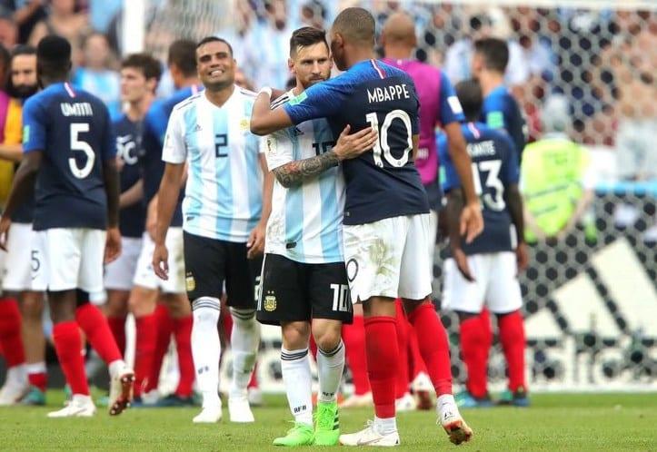 """""""Prințul"""" Mbappe l-a eclipsat pe  """"Regele"""" Messi: Cocoșul galic trimite acasă Argentina încă din faza optimilor Mondialelor rusești"""