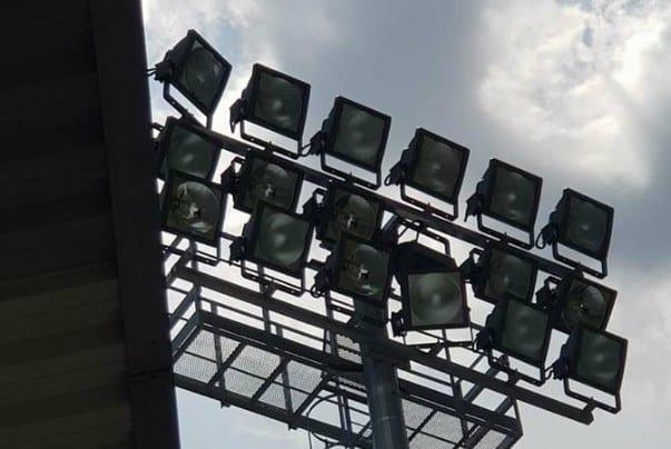 """Utiști, pregătiți-vă de alte excursii la Șiria! Primăria se ocupă de instalarea unei nocturne la """"Motorul"""", montarea gazonului nu mai e o prioritate"""