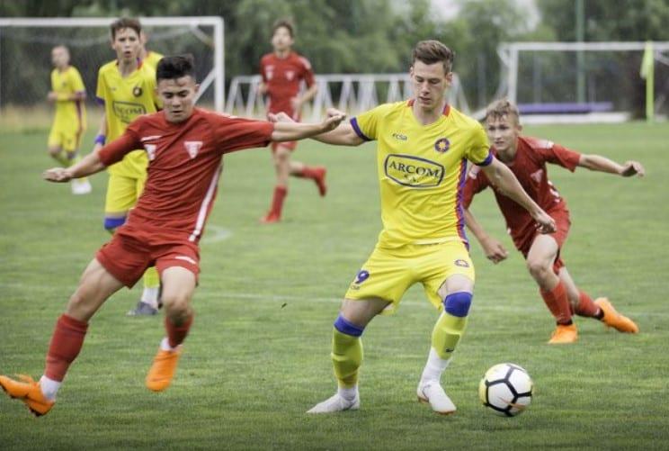 Arădenii rămân cu argintul național la juniori C: UTA – FCSB 0-4