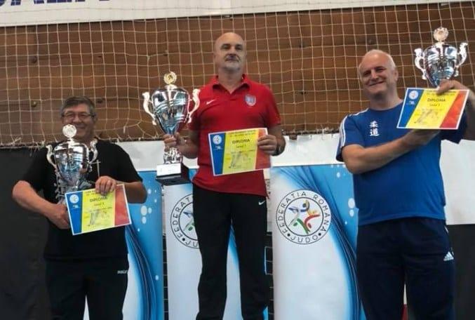 """CS Universitatea Arad a luat """"argintul"""" la Cupa României de judo rezervată seniorilor! Podelenczki – pe prima treaptă a podiumului la individual"""