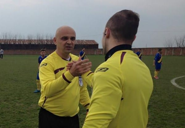 """Meciurile și arbitrii etapei a 9-a a Ligii a IV-a Arad: Coroban fluieră duelul pentru ultima poziție din """"careul de ași"""" la finele turului!"""