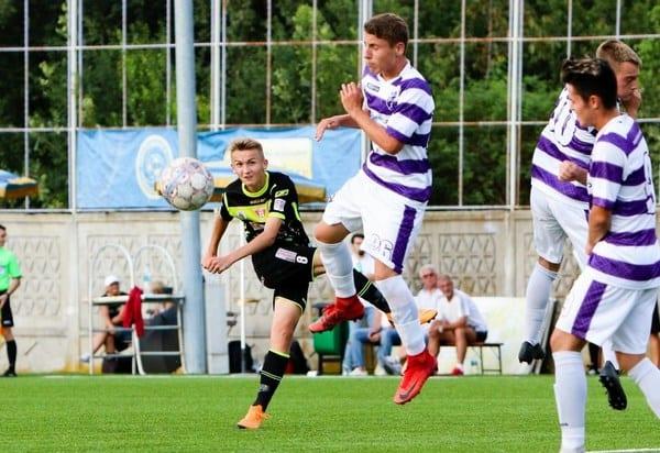 Vulturar și colegii săi iau trei puncte vitale înainte de ultimul asalt al…Ligii Elitelor: LSP Sebeș – UTA Under 17 0-3