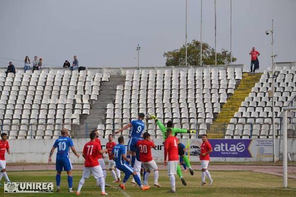 """""""Alb-albaștrii"""" au întors din nou rezultatul, dar au trebuit să se mulțumească cu un punct: Unirea Alba Iulia – Național Sebiș  2-2"""